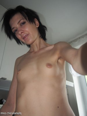 Anna-christina massage sexe escorte girl à Boulogne-Billancourt